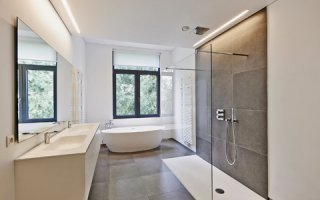 La toilette sous vide Evac Optima 5 économise jusqu'à 80% d'eau à la source - Batiweb