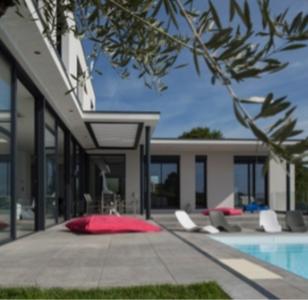 Nouveau système DE toiture-terrasse TERRAWATT : 100 % de l'isolation au-dessus du plancher pour une totale maîtrise du point de rosée Batiweb