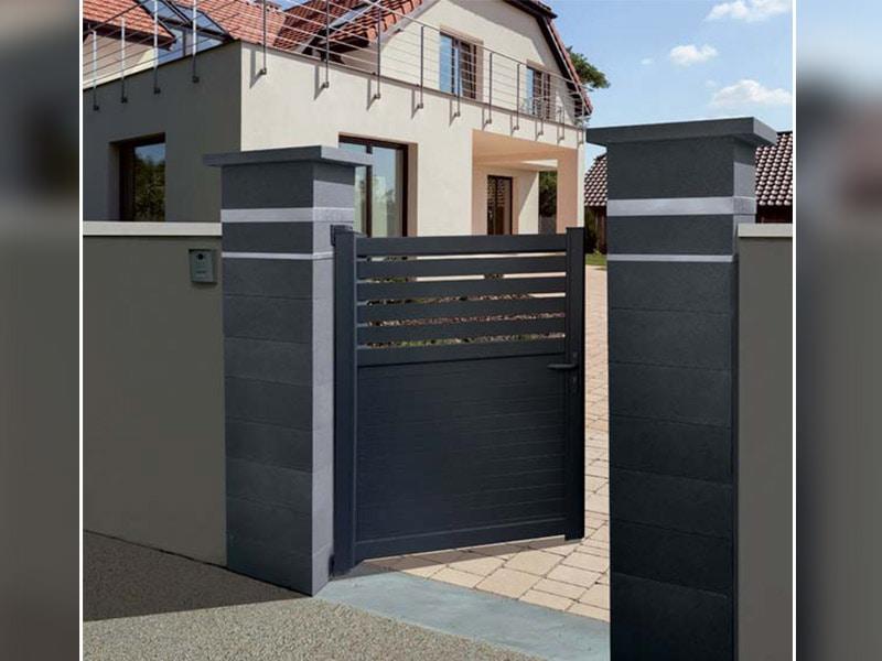 La gamme de pilier de clôture PLATINUM - Batiweb