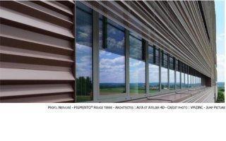 Profil nervuré de VMZINC® : des pliages sur-mesure pour dynamiser les façades