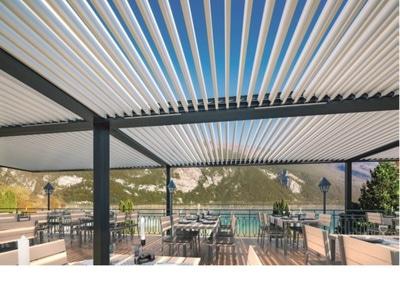 Nouveau design de lame pour la pergola en aluminium SUNEAL : la pureté des lignes pour inspiration Batiweb