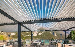 Nouveau design de lame pour la pergola en aluminium SUNEAL : la pureté des lignes pour inspiration