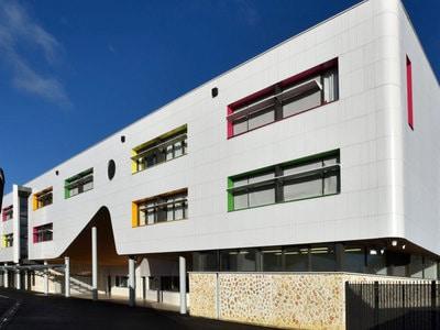 Nouvelle façade pour le Collège Liberté à Chevilly-Larue (94) Batiweb
