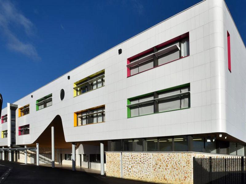 Nouvelle façade pour le Collège Liberté à Chevilly-Larue (94) - Batiweb