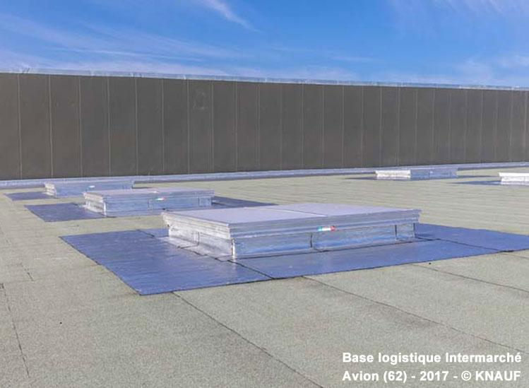 KNAUF optimise son offre de panneaux isolants pour les toitures supports d'étanchéité en lançant le KNAUF THERM TTI Se