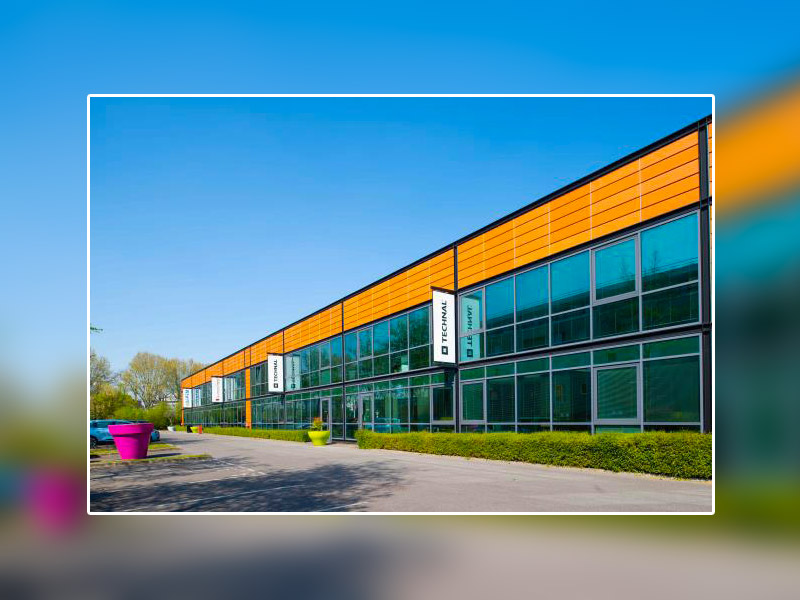 TECHNAL inaugure son premier show-room en aluminium recyclé 75R dans son agence point services TECHNAL* d'Alfortville (94)