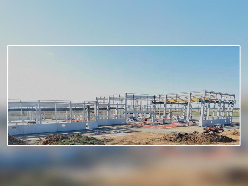 Nouvelle étape pour l'usine de prémurs du groupe KP1 à Vernouillet : La structure béton livrée par KP1 Bâtiments