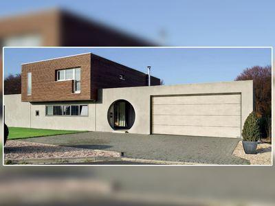 Nouvelle surface lisse Duragrain : 24 motifs photo-réalistes pour habiller sa porte de garage sectionnelle Hörmann Batiweb