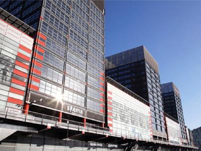 SKEMA BUSINESS SCHOOL à Lille : un cas d'école pour lanterneaux, asservissements et pilotage
