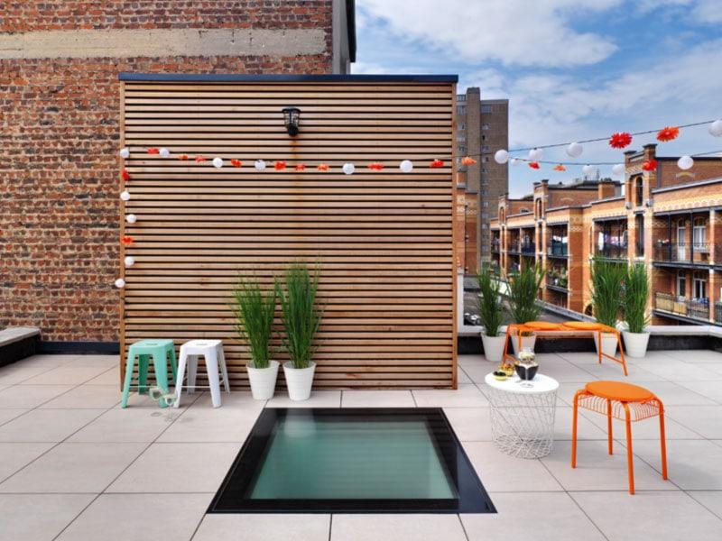 DWX, fenêtre plane pour toit plat : capacité de charge renforcée, antidérapante et gain de place optimisé