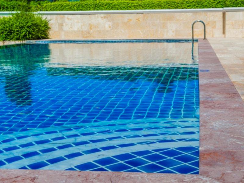 L'Abri piscine : une sécurité supplémentaire pour votre extérieur avec Aladdin Concept