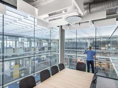 La solution pour un plafond ouvert acoustique et design Batiweb