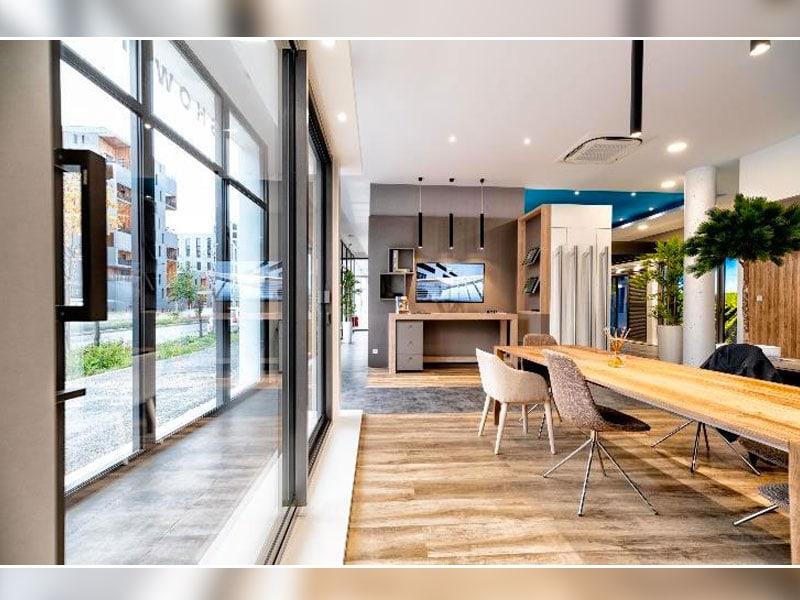 Inauguration d'un nouveau point de vente et showroom MAISONS DE LUMIÈRE By TECHNAL à Bordeaux (33) - Batiweb