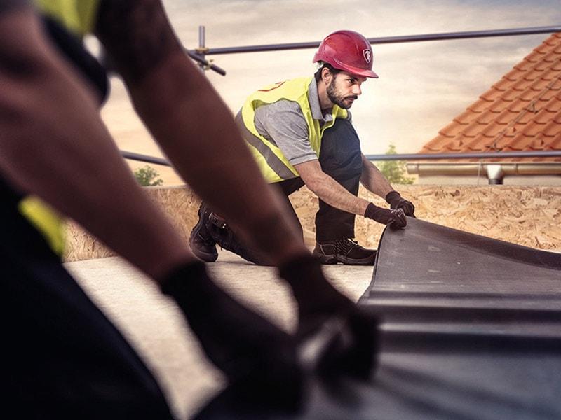 RubberCover EPDM de Firestone : étanchéité simple, rapide et durable pour les toitures terrasses résidentielles Batiweb