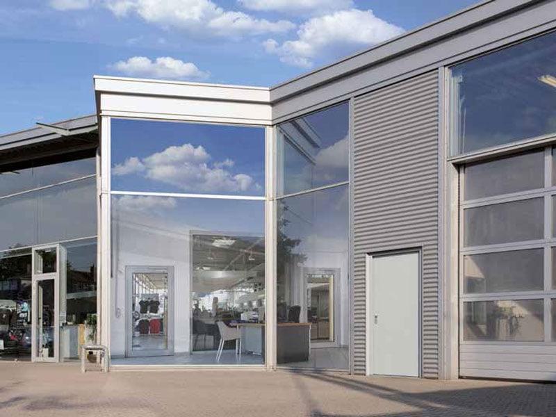 Nouveau bloc-porte acier multi-usage STU-1 d'Hörmann, des dimensions standards pour un usage industriel, en intérieur et extérieur - Batiweb