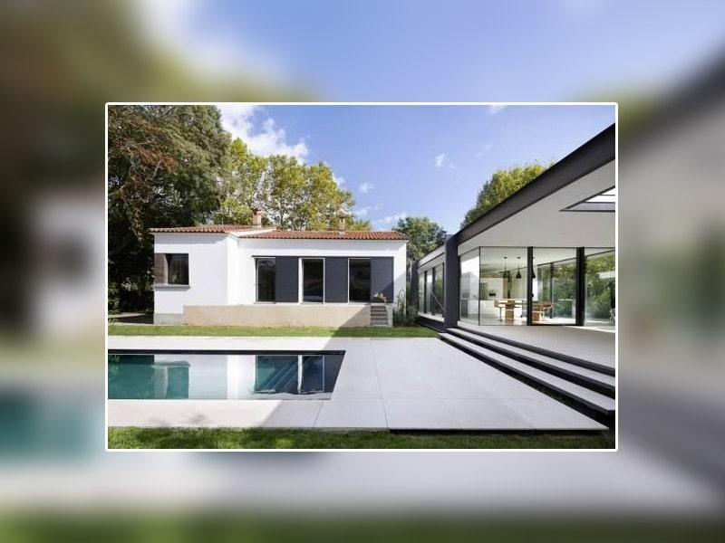 Coup de jeune pour une villa Montpelliéraine* : des menuiseries aluminium TECHNAL pour révéler les extensions contemporaines comme les rénovations traditionnelles - Batiweb