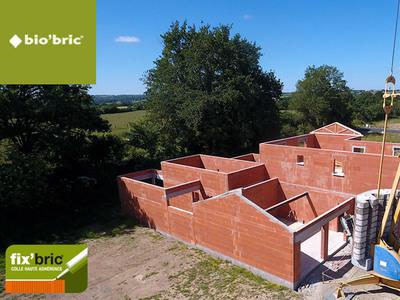 Comment gagner jusqu'à 1h30 par jour sur vos chantiers en brique? Batiweb