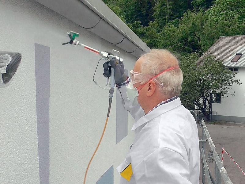 StoColor Dryonic® à l'airless : une seule peinture applicable sur tous les supports pour réaliser vos chantiers en un tour de main ! - Batiweb
