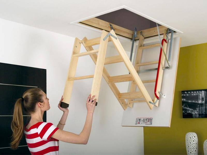 Les 5 avantages d'un escalier escamotable - Batiweb