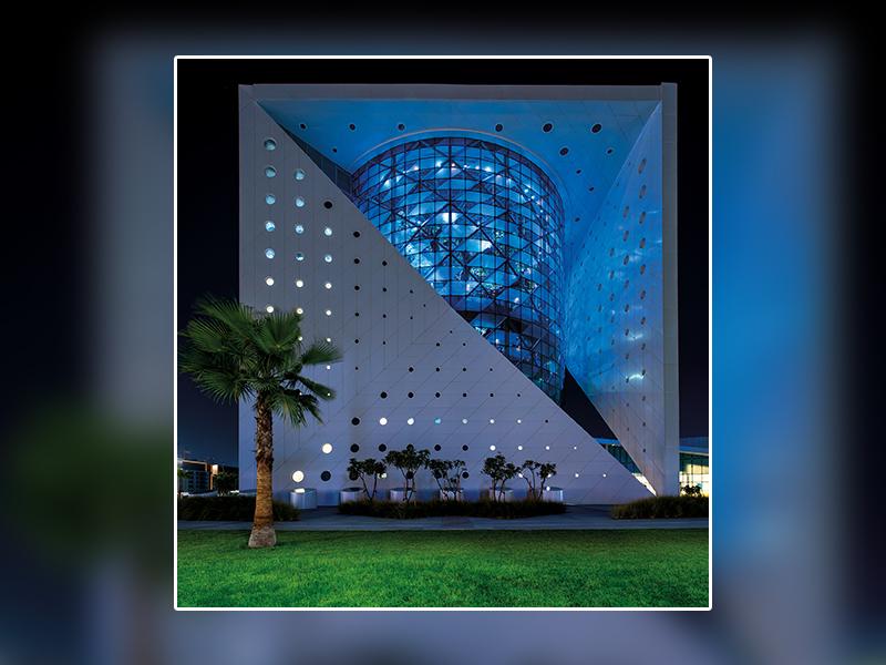"""L'offre de plafonds multi-matériaux de KNAUF ARMSTRONG donne vie au Biodome Tropical """"GREEN PLANET"""" à Dubaï - Batiweb"""