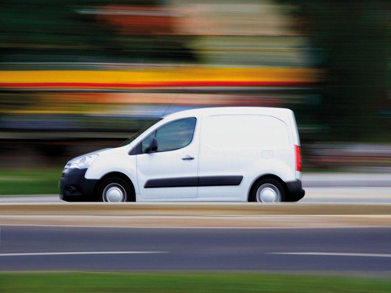 Quelle assurance pour des véhicules professionnels ? - Batiweb