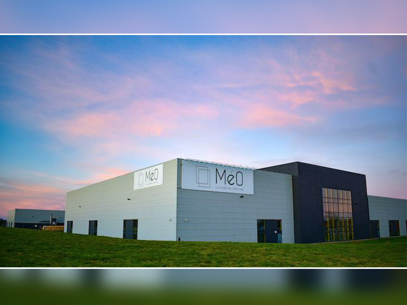 MéO : 1er fabricant français de menuiseries bois-aluminium - Batiweb