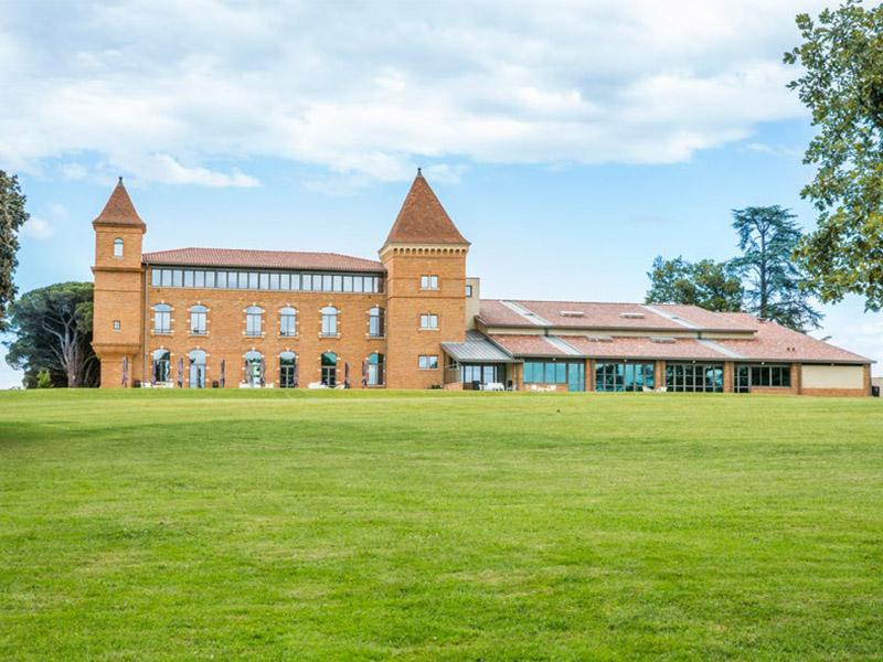 Un château en renaissance - Batiweb