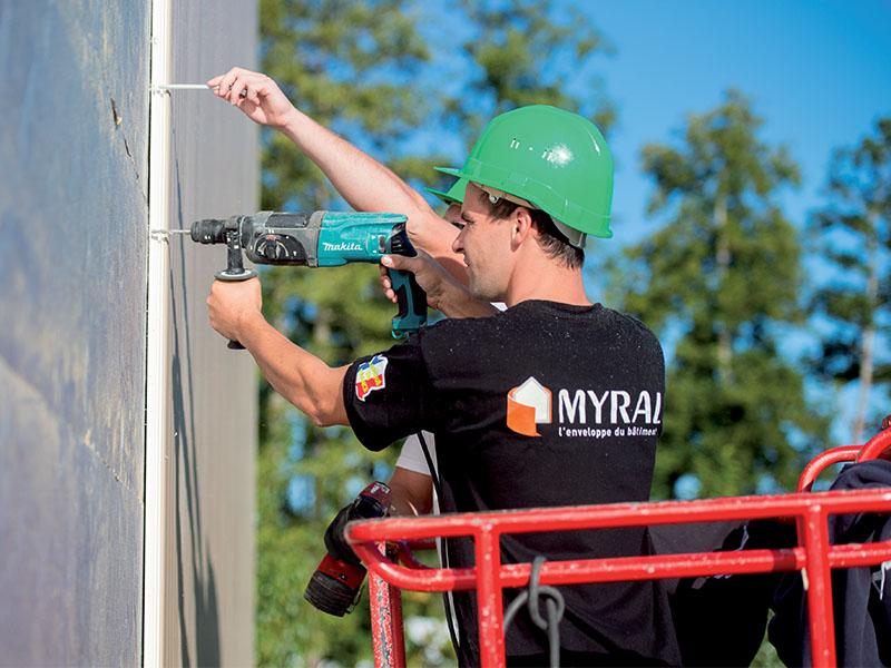 Les experts Myral - Sébastien Licois, responsable du service technique Myral : « Du conseil pour les architectes, une assurance-qualité pour les poseurs » - Batiweb