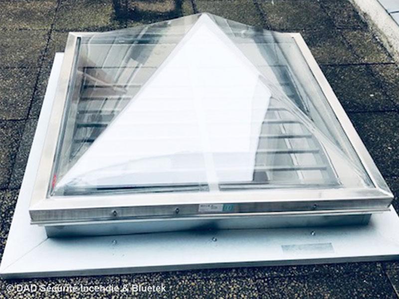 Lumière naturelle et ventilation sur les bureaux de la Ligue de l'Enseignement à Paris - Batiweb