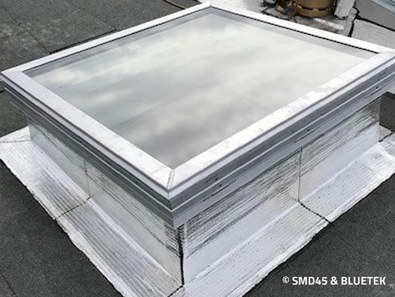 Rendu extérieur d'un lanterneau Steel Inside en toiture Sté Rocal (chantier en cours)
